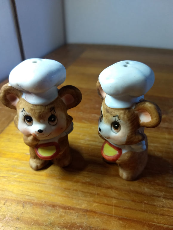 Vintage, Salt pepper shakers, mice,mouse chef