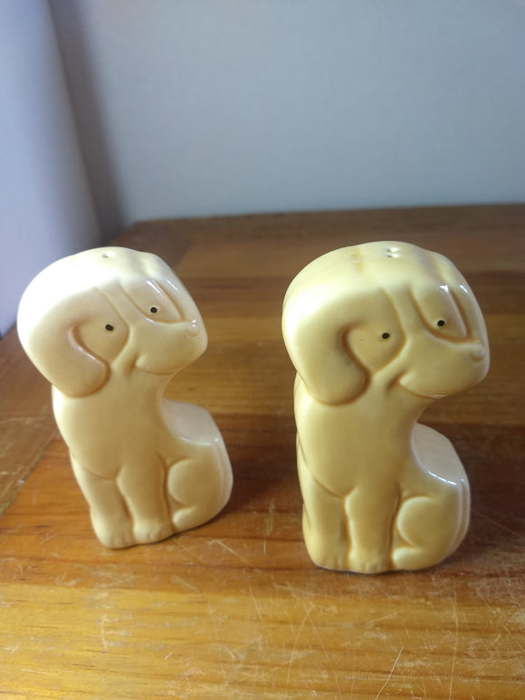 Vintage, Salt pepper shakers,  tall dogs