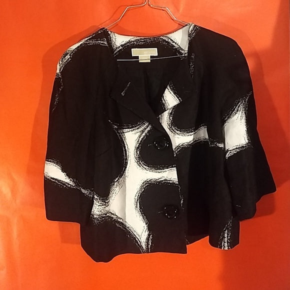 Hot Micheal Kors light jacket, P/M Blk. White 2 large buttons. FREE S&H - VegasheatX