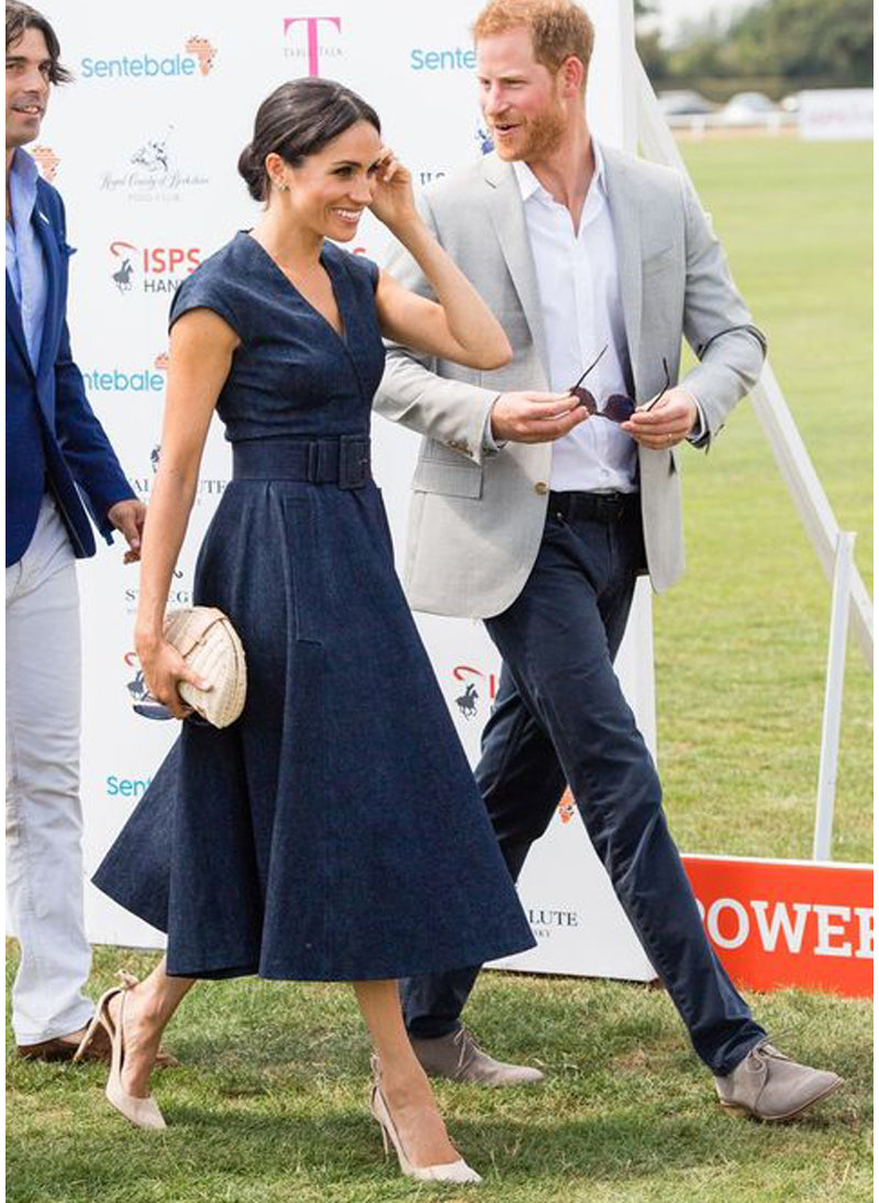 Pippa & Meghan Fan Shaped Rattan Clutch