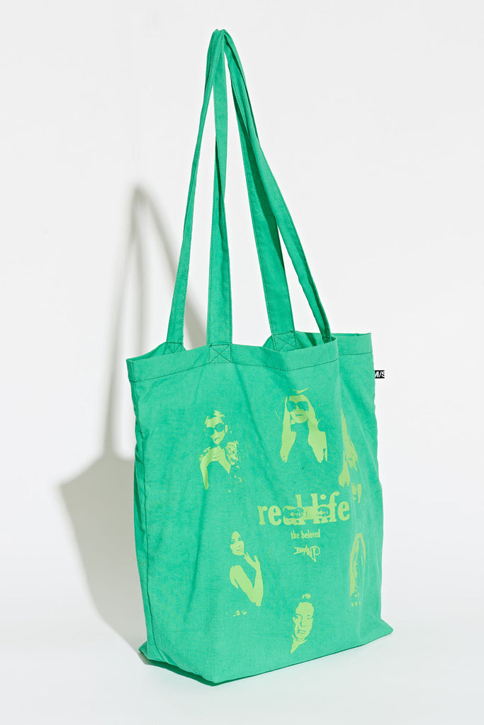 Celebrity Banjo Tote, Misfit Shapes