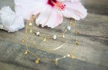 Load image into Gallery viewer, Dainty Gold Layering Necklace