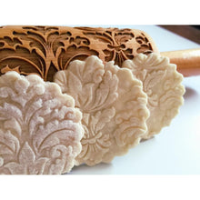 Load image into Gallery viewer, Damask Wooden Embossing Rolling Pin