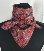 "Load image into Gallery viewer, 35"" Navy Red Paisley Blend"