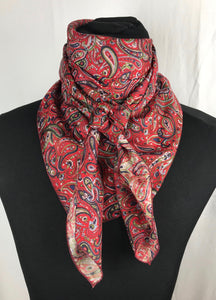 "44"" Navy Red Paisley"