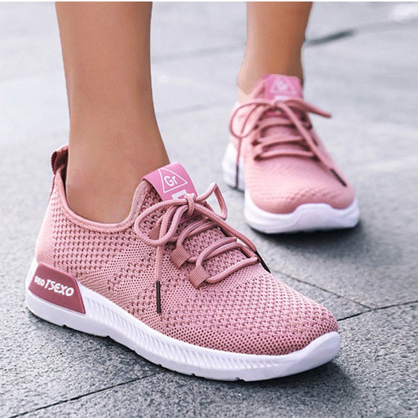 Women's casual and comfortable lace-up sneakers