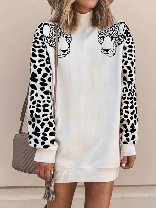 Leopard Printed Long Sleeve Turtleneck Sweatshirt