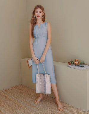 (PRE-ORDER ETA 15/6) V-Neck Ribbon Back Slit Sleeveless Dress