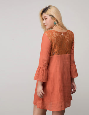 Lace Splice Creased Dress