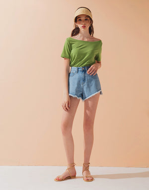 Minimalist Boat Neck Short Sleeve Top