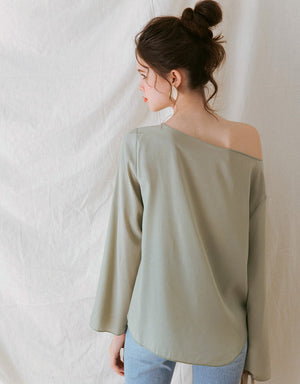 Boat Neck Long-Sleeve Gloss Top