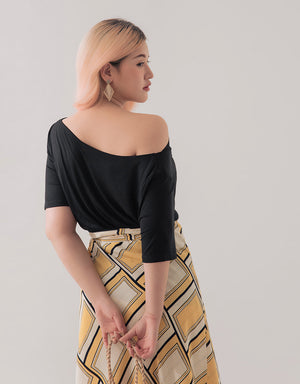 One Shoulder Neckline Top