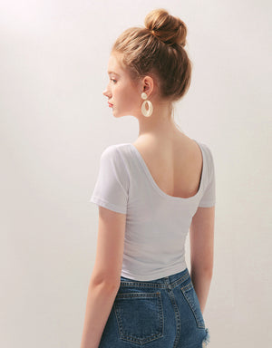 Minimalist Scoop Neck Crop Slim Fit Top