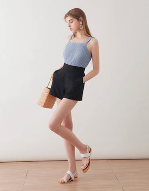 TEXTURED PLAIN HIGH RISE SHORTS