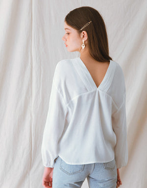 Front Back V-Neck Two Button Peasant Sleeve Blouse