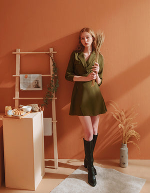 Sophisticated Suit-Collar Elastic Dress