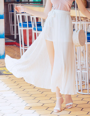 CHIAO Front Split Pleated Long Skirt