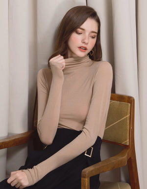 Minimalist Pure Cotton Turtleneck Top