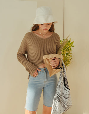 Thick Ribbed Side-Slit Knitted Crop Top