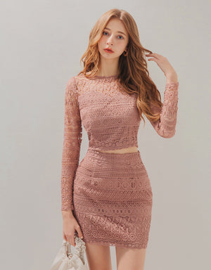 Sexy Sweetheart Neckline Carved Lace Top & Skirt Set Wear