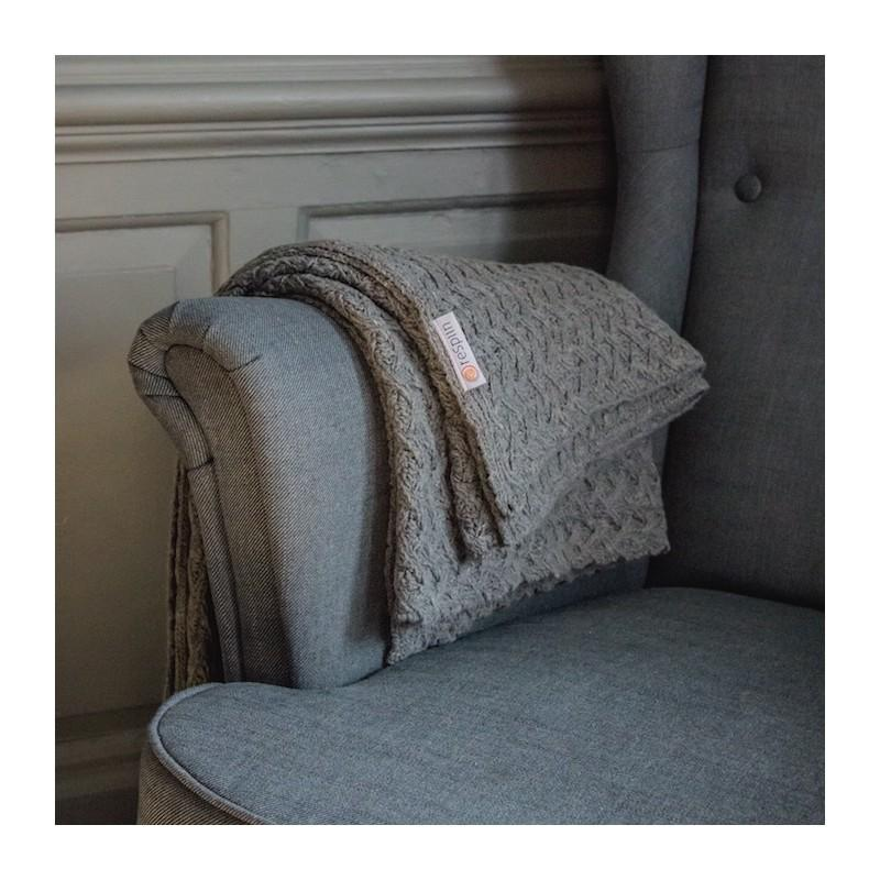 Knitted Recycled Wool Throw
