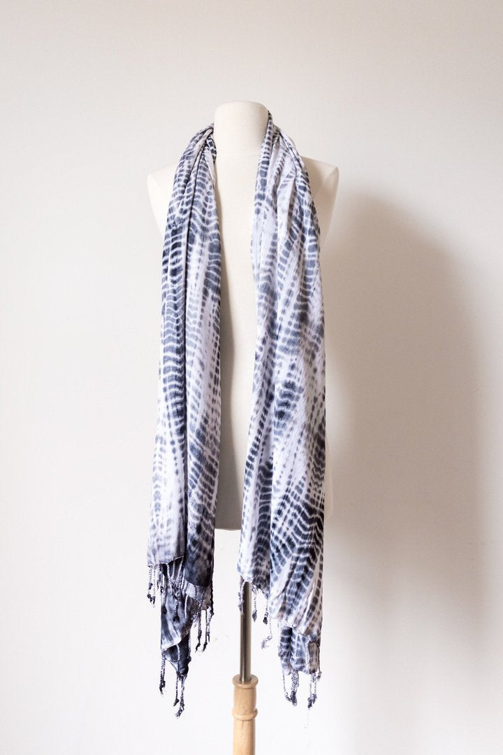 Angie Black & White Scarf