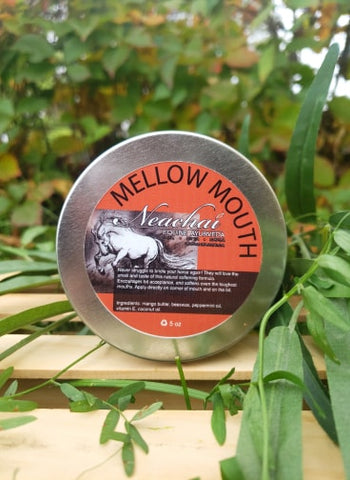 Neachai mellow moth, softening formula for your horses mouth to ease bit insertion.