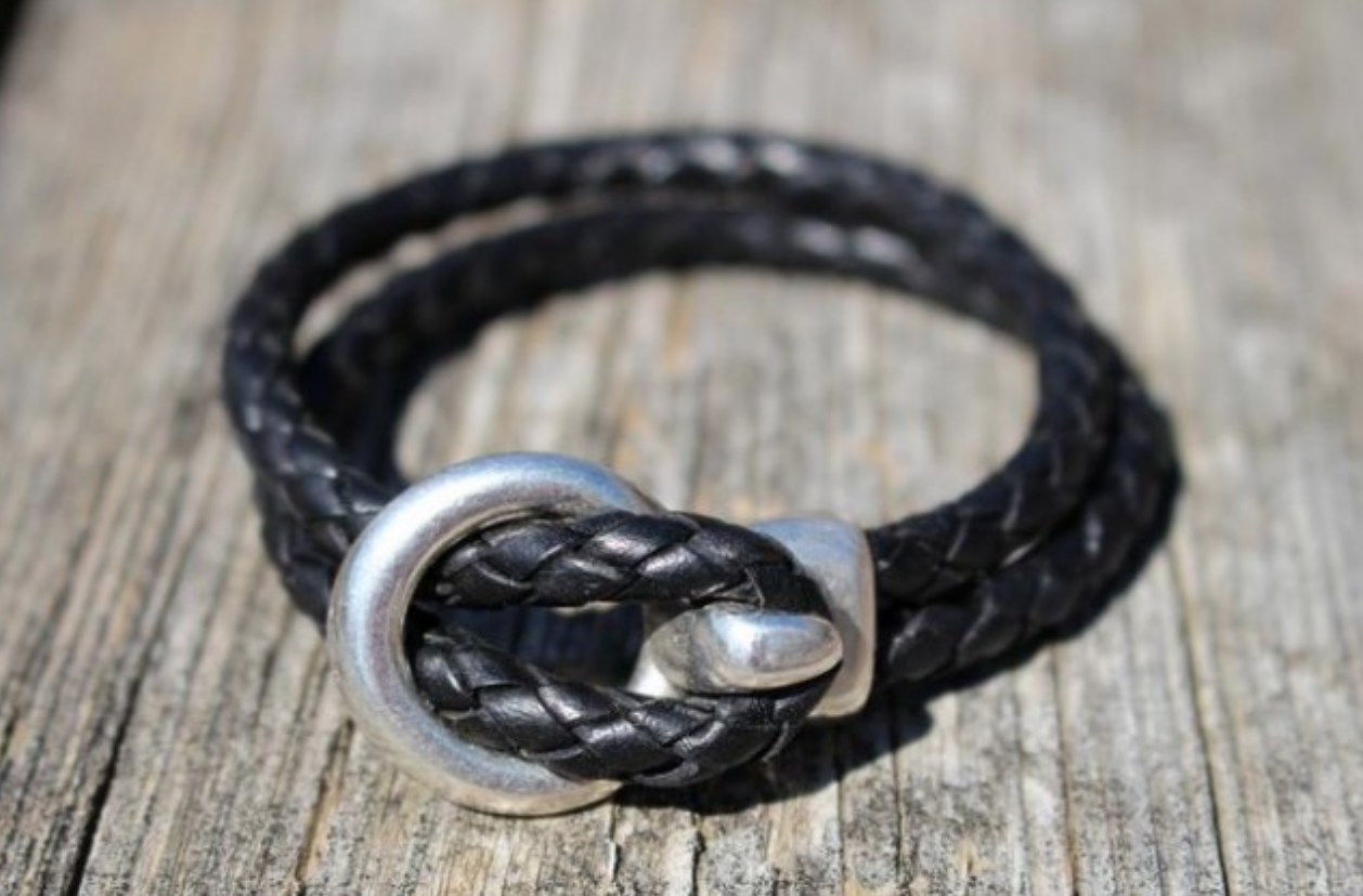 Elli Roo bracelets for stylish equestrians. Braided leather bracelets.