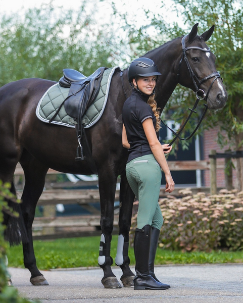QHP full-seat horseback riding pants for the fashionable equestrians.
