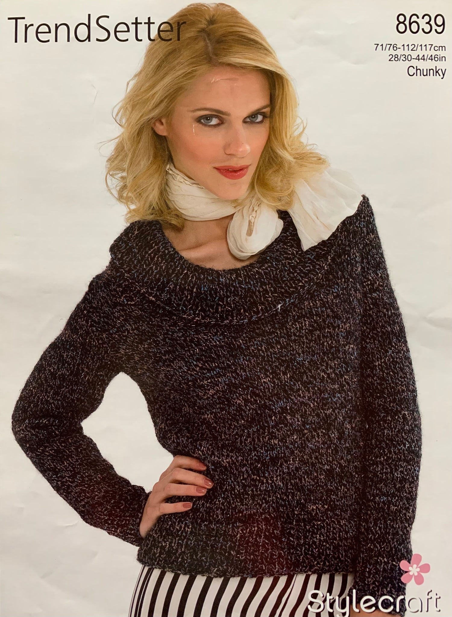 8639 Stylecraft Trendsetter chunky ladies sweater knitting pattern