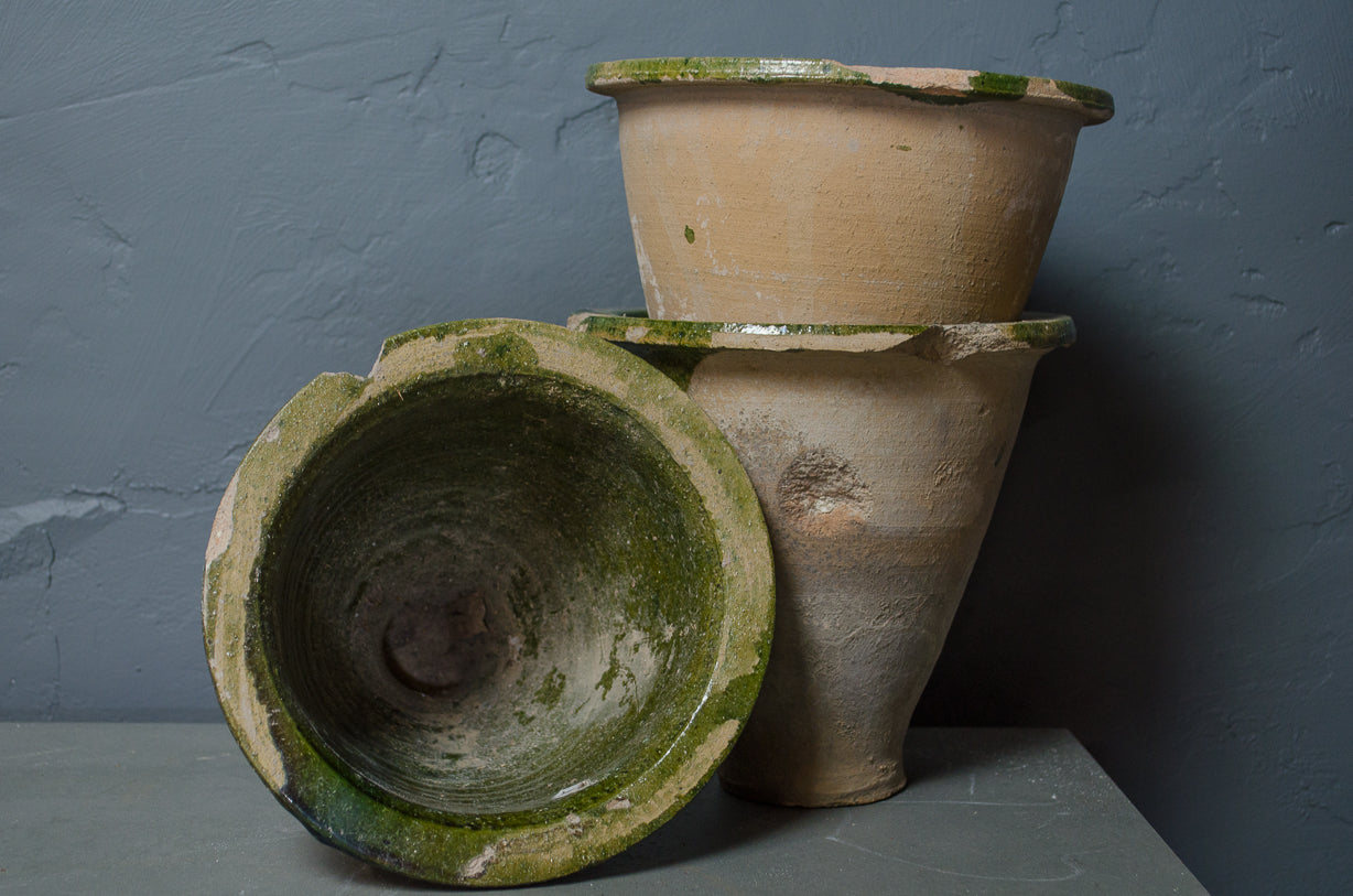 laundry log basket or cart