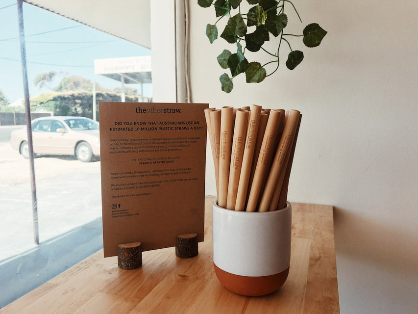 wholesale straw kits at retail location