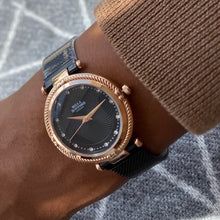 The Timeless Lux. Jet Black