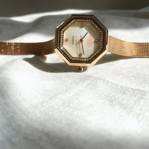 The Mayfair. Rose gold stainless steel Strap and bezel with Mother of pearl Dial