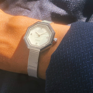 The Mayfair. Silver stainless steel Strap with silver bezel and Mother of pearl Dial