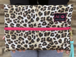 Makeup Junkie Bag - Savannah hot pink zipper