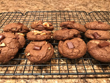 Load image into Gallery viewer, Vegan Brownie Cookies (With Walnuts)