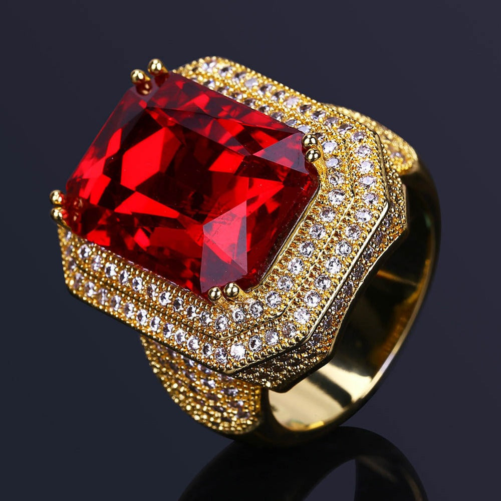 18K Gold Red Gem Diamond Royal Ring