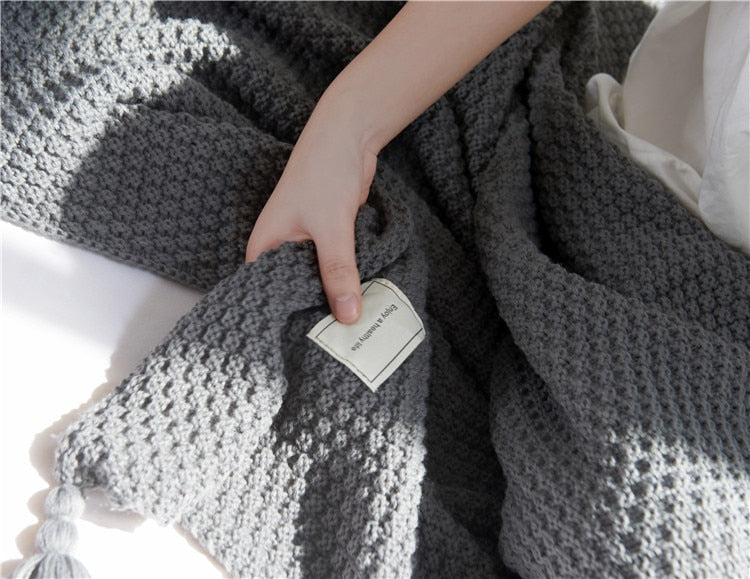Thread Blanket with Tassel Solid Throw Blanket