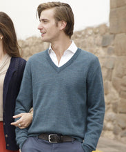 Men's V-Neck Alpaca Pullover