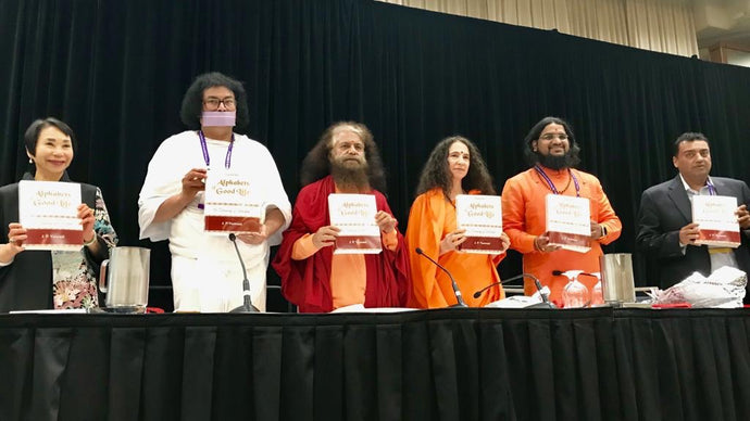 Sp Leaders release Dadas book at Parliament of World's Religions, Toronto