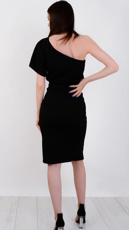 Black One shoulder belted dress
