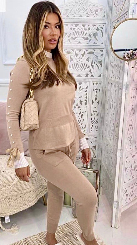Camel Pearl Lounge Suit