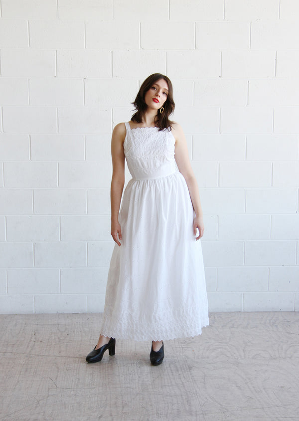 BISOUS, BISOUS / THE JONI DRESS / Vintage 1970s LANZ White Eyelet Dress / XS / Small
