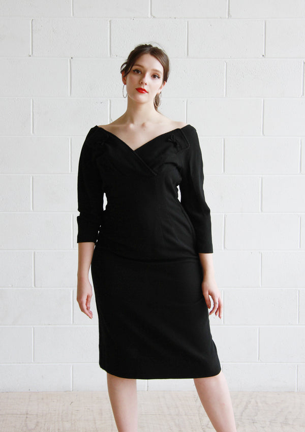 MISS MARPLE / Vintage 1960s Black Wool Dress / Harvey Berin Designed by Karen Stark / Medium