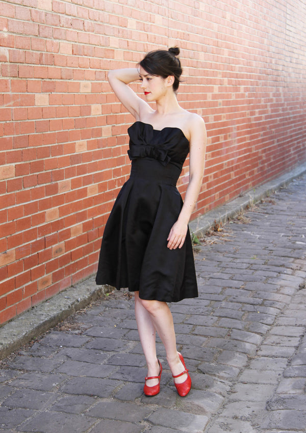 Vintage 1950s Black Cocktail Dress / Petal Bust / XS