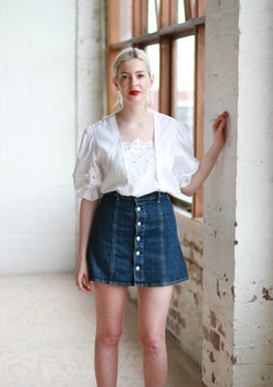 Vintage White Cotton Puff Sleeve Peasant Blouse / M/L