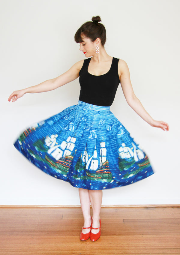Vintage 1950s Starry Night Novelty Print Skirt / S/M