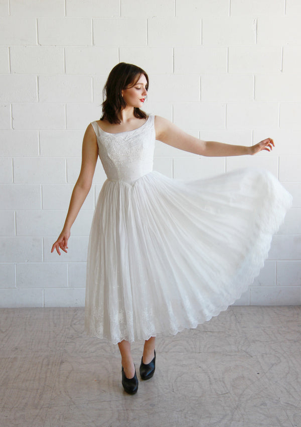 Vintage 1950s White Eyelet Ballerina Dress / The YVES Dress / XS/S