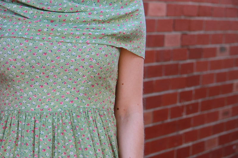 Vintage 1940s Green Daisy Floral Dress / S